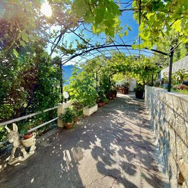 HOUSE 6 ROOMS - MENTON